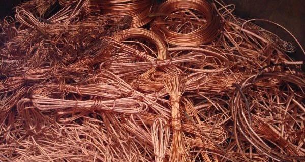 cables-de-cuivre-denudes