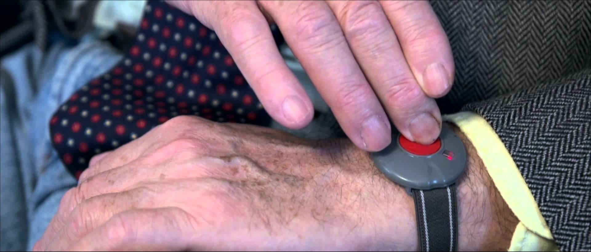 Bracelet alarme personne agée