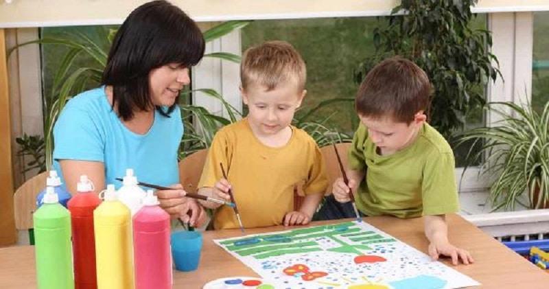 Comment devenir éducatrice petite enfance