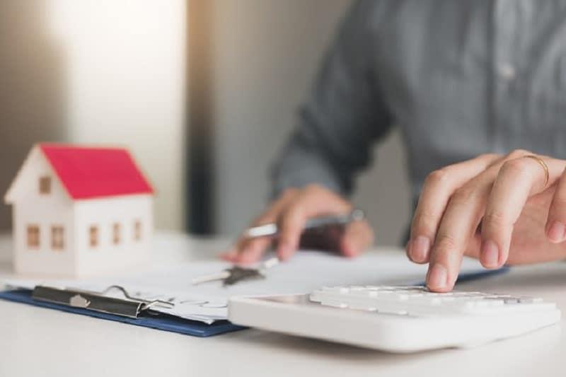 Comment estimer le prix d'un bien immobilier à Lyon